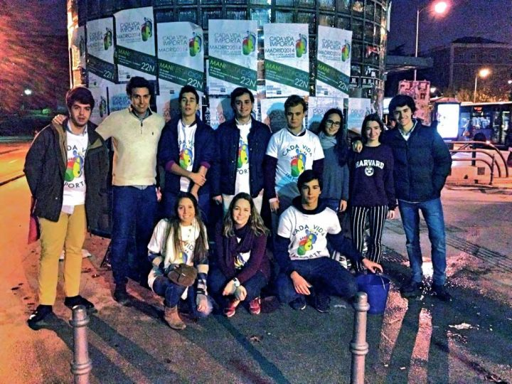 Los jóvenes de +Vida se movilizan para que el 22N sea un día histórico
