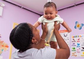 Los hogares del Buen Consejo, esperanza para las mujeres embarazadas sin recursos de Nueva York
