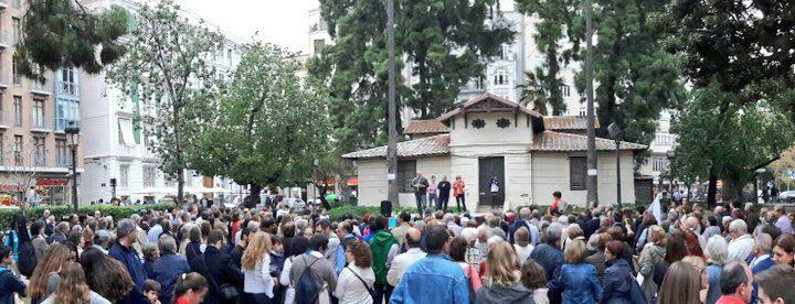 Miles de personas en Valencia exigen que no se derogue la Ley de Protección a la Maternidad
